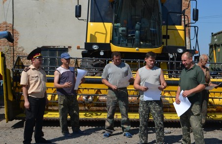 Жнива у Харківській області пильнуватимуть спеціально призначені рятувальники