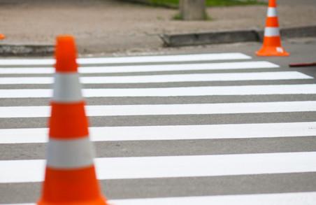 Дорога поблизу школи повинна бути обладнана спецзнаками – прокуратура