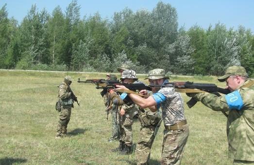 Офіцери з досвідом служби в миротворчих місіях і в АТО взяли участь у проведенні навчань з територіальної оборони на Харківщині / Фото
