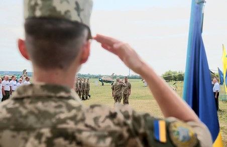 У курсантів під Харковом почалася перша льотна практика