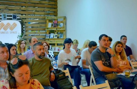 Програма підтримки малого бізнесу переселенців: третій етап стартував на Харківщині