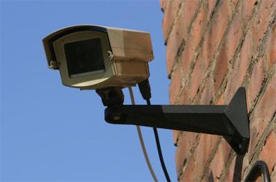 Поліцейські з'ясували, куди з будинків пропадають камери відеоспостереження