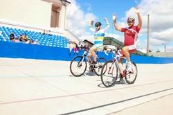 На новому велотреку в Харкові стартував Чемпіонат України з велосипедного спорту / Фоторепортаж