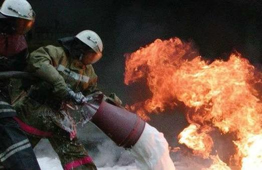Рятувальниками було ліквідовано пожежу в двох будинках