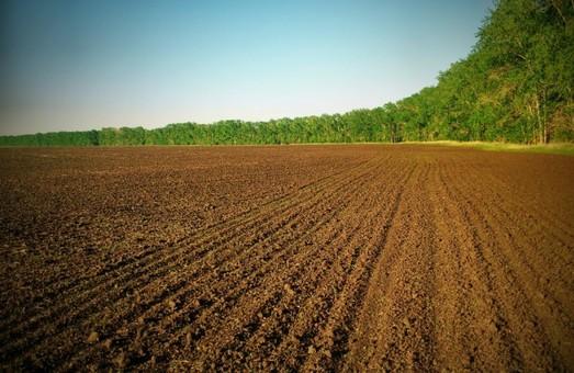 Гройсман: Земля має стати інструментом відродження фермерства