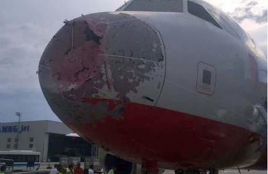 Чергова надзвичайна подія в Стамбулі: український пілот героїчно посадив літак