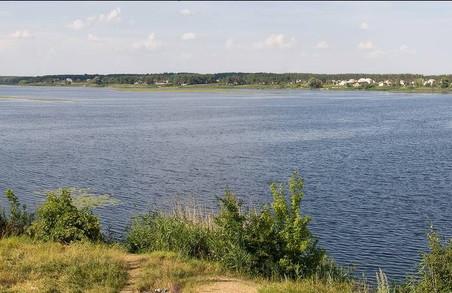 Де на Харківщині краще не спасатися від спеки: перелік заборонених водосховищ