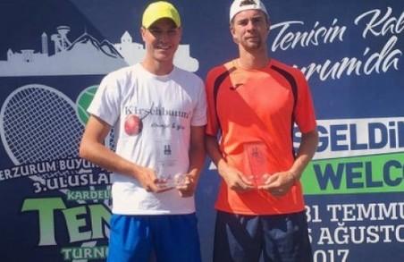 Харківські тенісисти стали кращими у світі