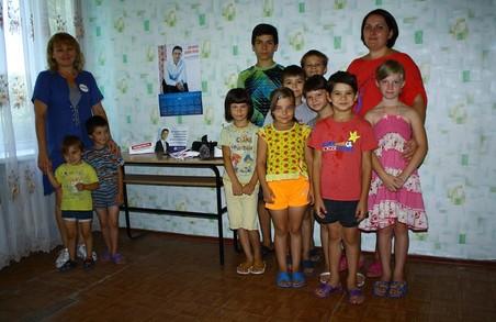 Харківська «Солідарність» організувала акцію для дітей «Даруй добро – даруй красу»