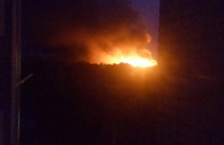 У Харькові горить суд, рятувальники стягують додаткові сили /ФОТО, ВІДЕО