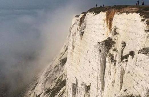 Хлорна атака: британські пляжники масово потруїлися невідомою речовиною