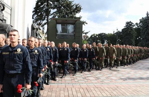 МВС вшанувало пам'ять нацгвардійців, загиблих під час штурму Ради 31 серпня 2015 року