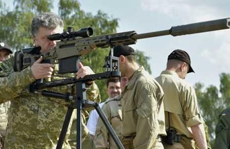 Порошенко купує зброю для ЗСУ на власні кошти