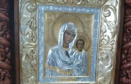 На Харківщині обікрали сільській храм