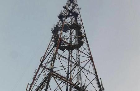 Підлітки зробили селфі на 125-метрової телевежі на Гольдбергівській