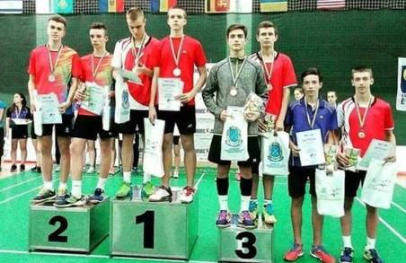 Харківські бадмінтоністи завоювали 2 срібні та 4 бронзові медалі на юніорському чемпіонаті України