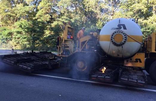 Гройсман: Уряд передбачив 2 млрд грн на відновлення дороги Київ – Харків – Довжанський