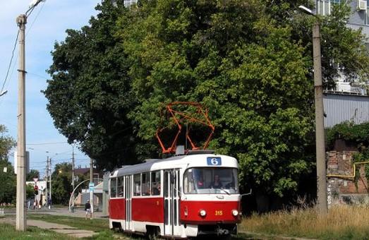 Заборонено рух трамваїв по центру міста