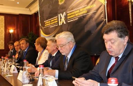 В Україні науковий потенціал залишається невидимим для бізнесу –  Е. Сімсон