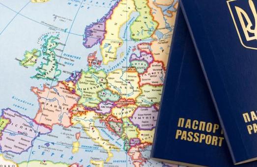 Українцям поки що дозволено на приватних автомобілях в'їжджати в ЄС без документа про ТО