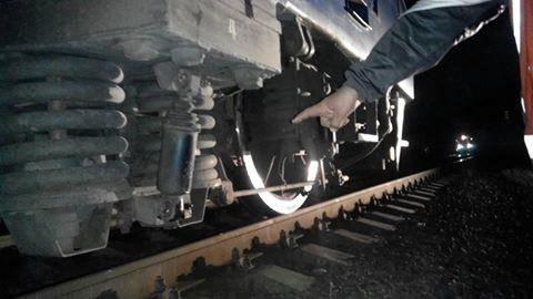 Людина загинула під потягом. Подробиці