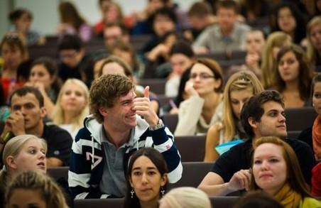 Уряд спростив надання стипендій студентам