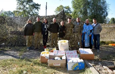 Медичні аптечки для військових у Бахмуті передала Харківська «Солідарність»