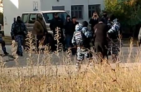 Адвокат: затримані в Криму активісти – члени організації, яка опікувалася сім'ями політв'язнів/ ВІДЕО
