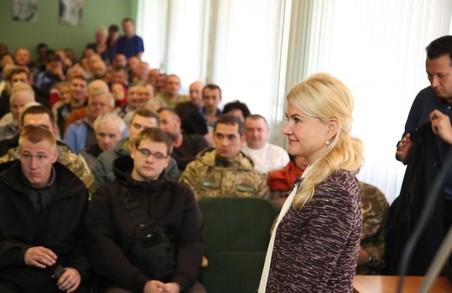 Світлична привітала пацієнтів госпіталю ветеранів війни із майбутніми святами