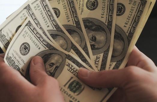 В Україну зайшли високоякісні фальшиві долари