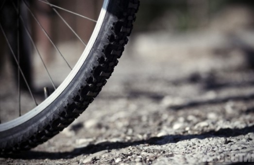 На трасі збито невідомого велосипедиста