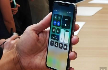Китайці – в своєму репертуарі: випустили iPhone X раніше оригіналу