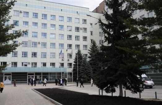 Одна з сестер, постраждалих у ДТП 18 жовтня на Сумській, почала їсти і розмовляти - лікарі