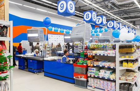 Скандал у Харкові: продавчиня супермаркета чекає російські танки