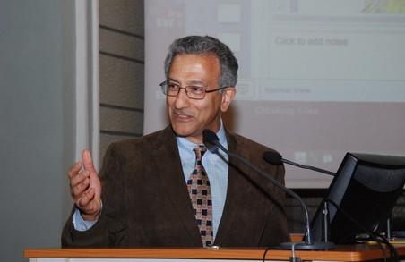 Американський професор став почесним докторантом Харківського політехнічного інституту