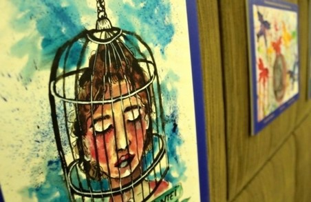 Юні пацієнти представили свої малюнки на Міжнародній виставці