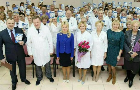Головна дитяча лікарня Харківської області отримала вкрай необхідну апаратуру – Світлична / ФОТО