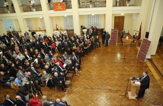 Саме в Харкові можна сьогодні відчути зміни, - Світлична на презентації книги «Ленін з нами?»
