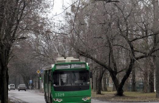 Тролейбус на Східний не ходитиме дві години