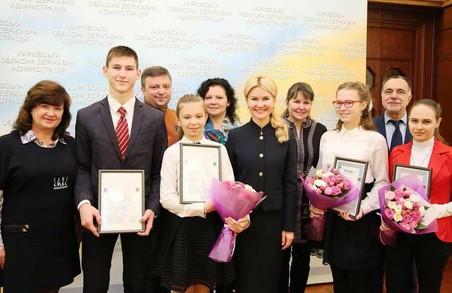 Світлична поздоровила юних літераторів з перемогою