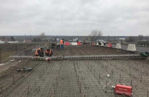 Вже стартував ремонт другої половини Пісочинського шляхопроводу