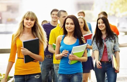 Освіта, наука, здоровий спосіб життя – пріоритетні напрямки ровику молодіжної політики