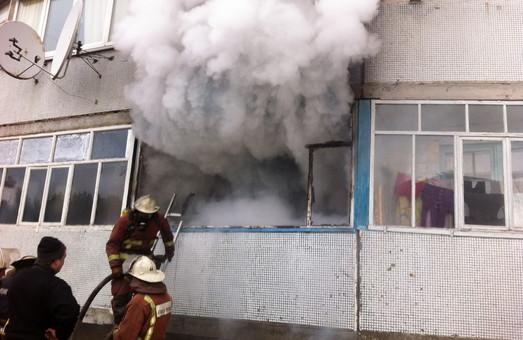 """Результат пошуку зображень за запитом """"рятувальники врятували людину з вогню"""""""