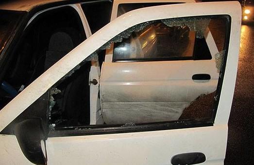У Харкові напали на водія: у місті було оголошено план «Сирена» (Фото)