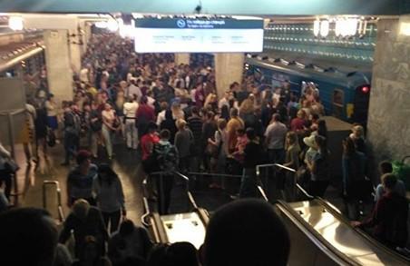 Харків'яни просять змінити розклад руху потягів метрополітену