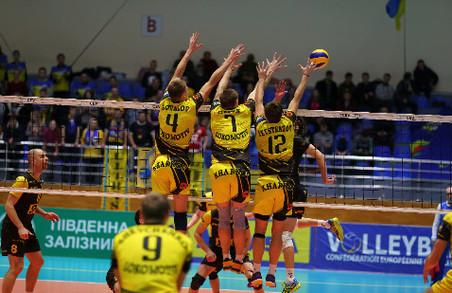 «Локомотив» із Харкова впевнено в'їхав до півфіналу