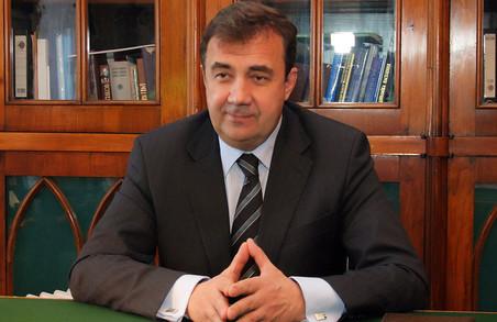 Бакірова зробили в.о. ректора та підвищили йому посадовий оклад