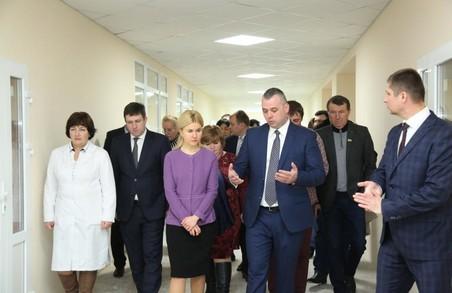 Коштом обласного бюджету цього року запланований подальший ремонт Нововодолазької ЦРЛ