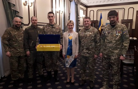 Спілка ветеранів АТО привітала Світличну зі святом