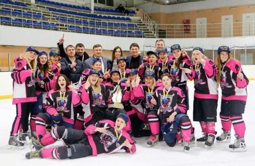 Хокеїстки з Харкова виграли чемпіонат України